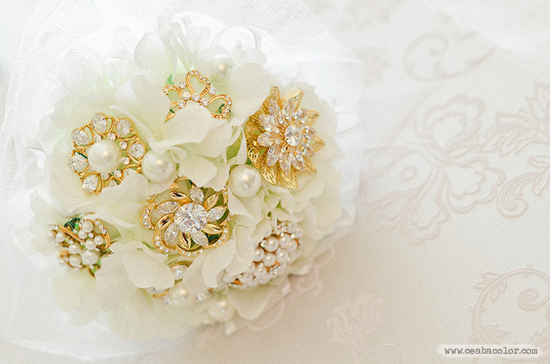 white-lace-Boracay-beach-wedding-04