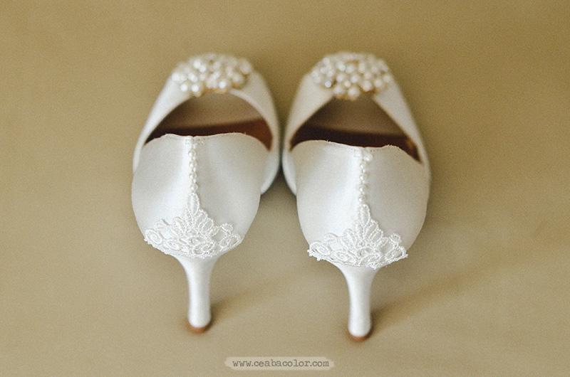 white-lace-Boracay-beach-wedding-10